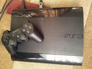 срочно продам игровую приставку Sony Playstatio  3 super slim