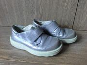 Туфли для мальчика на липучках